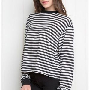 BRANDY MELVILLE striped long sleeve tee!